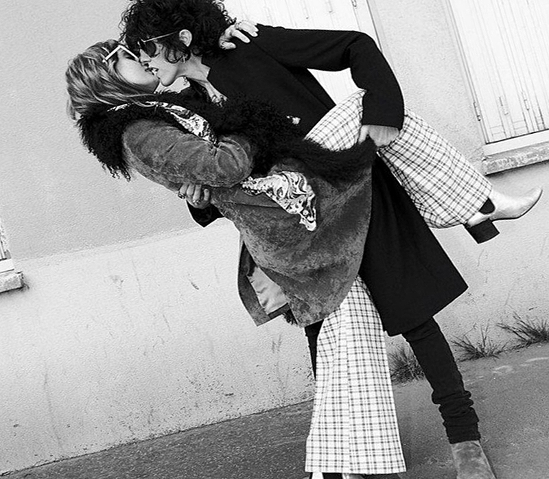 Лаура Перголицци и Лорен Рут Уорд (фото)