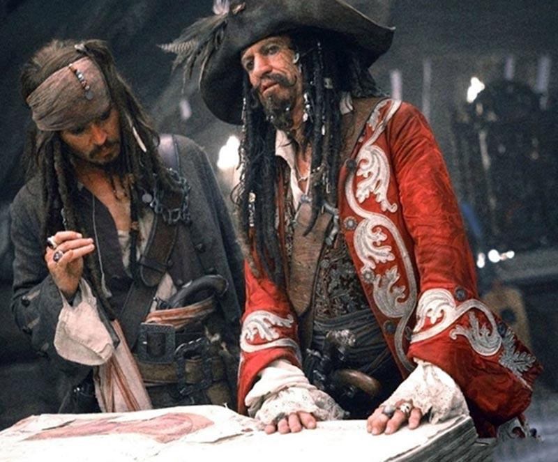 Кит Ричардс и Джонни Депп в Пиратах Карибского моря 3 (фотокадр)